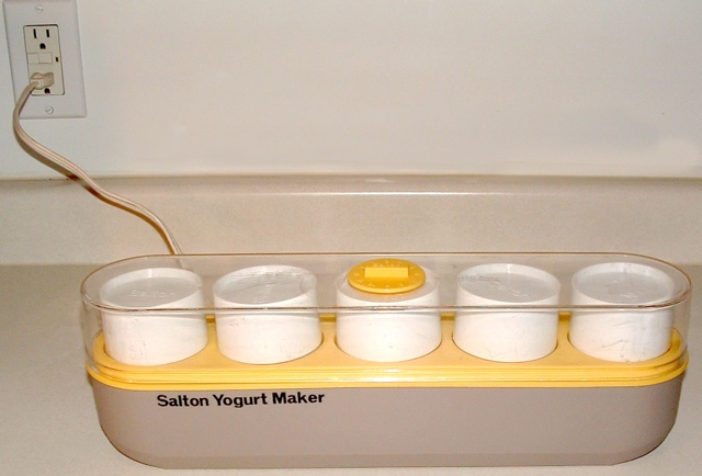 The Salton Yogurt Maker
